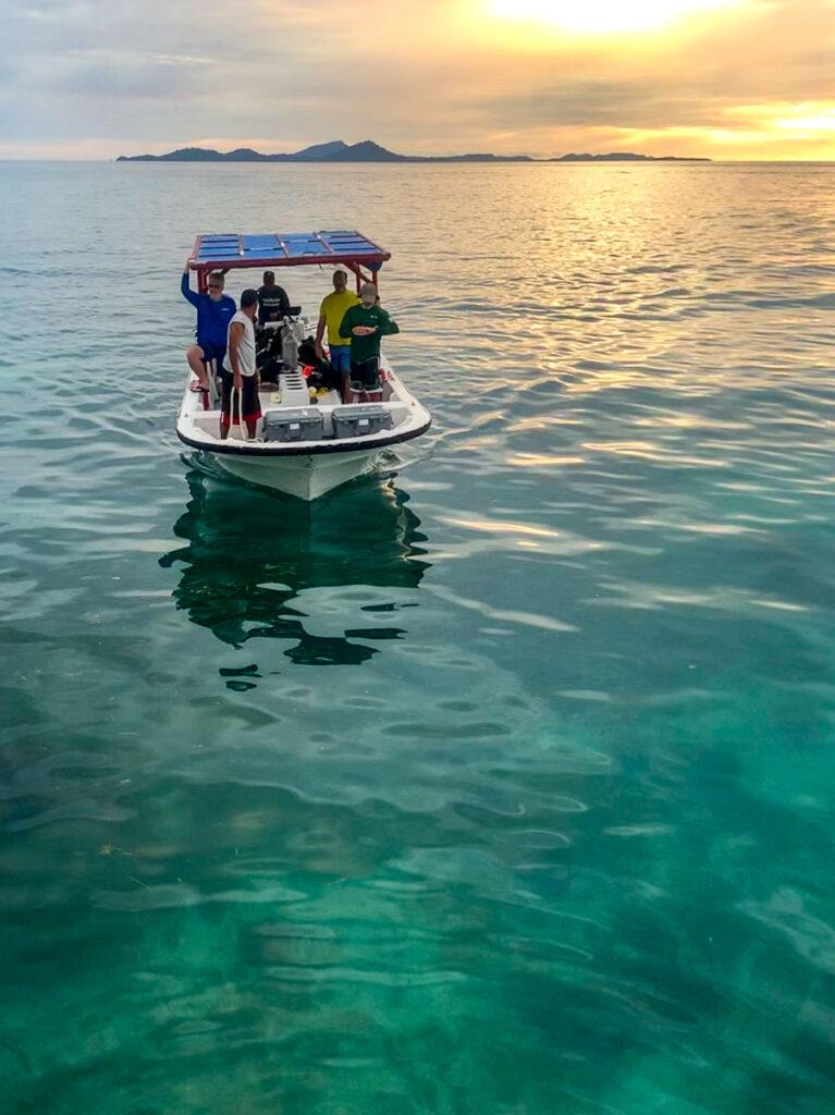UDel Running AUV in Chuuk